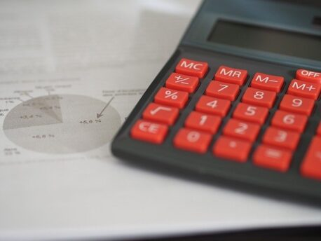 Bani imprumut intre persoane fizice fara taxe in avans