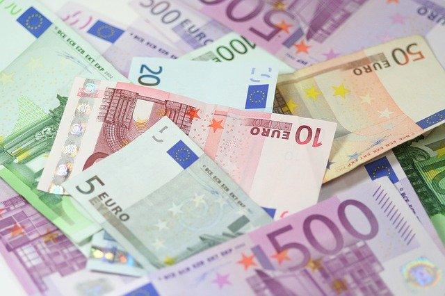 Ofer bani imprumut cu acte notariale