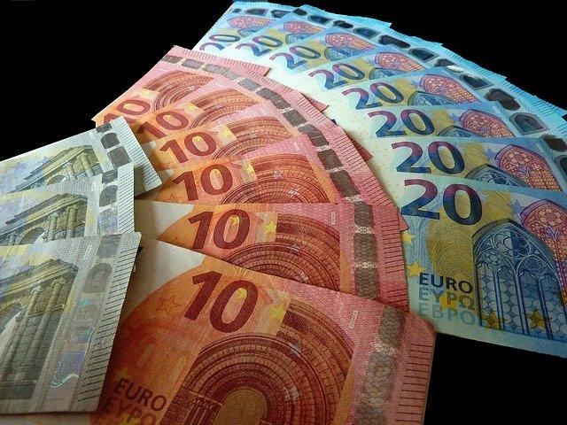Imprumuturi fara garantii doar cu contract notarial