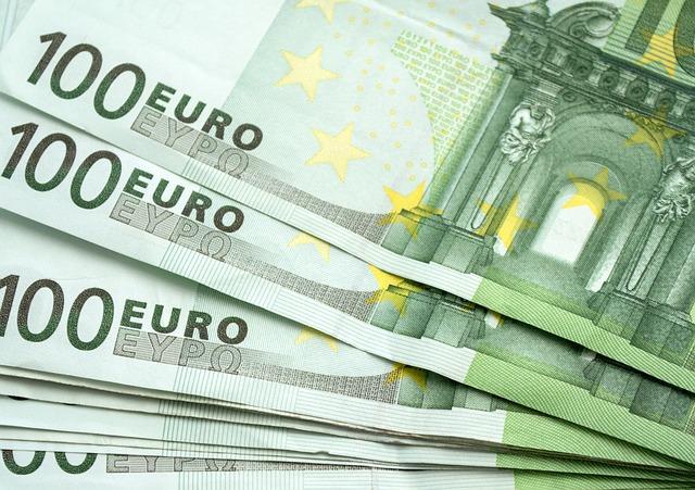 Ofer bani imprumut cu contract notarial 2021
