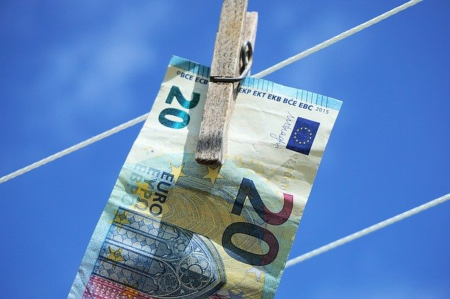 Ofer bani imprumut fara garantii credit